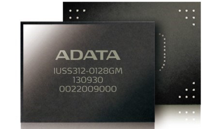 ADATA IUSS312-0128GM Chip