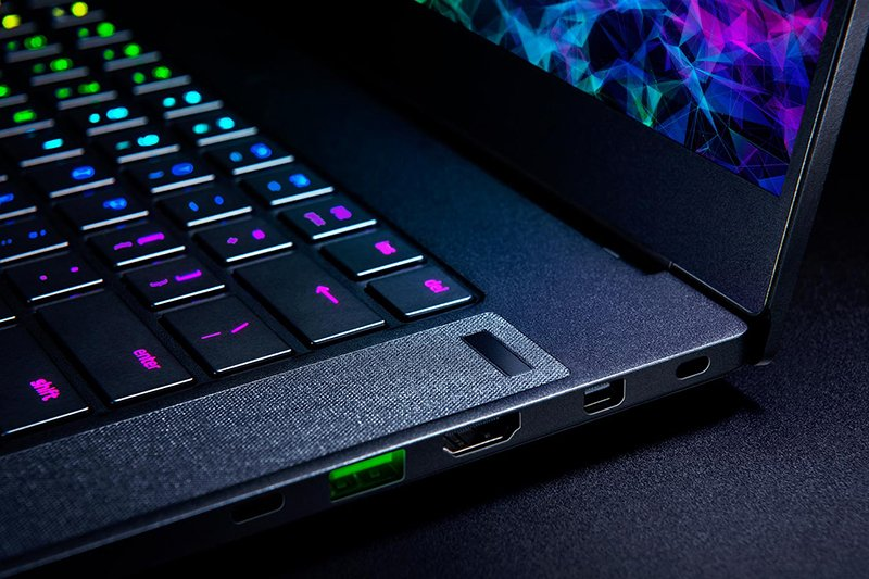 Razer Blade 15 Gaming Laptop 2019 Gets 240Hz Full HD or 4K