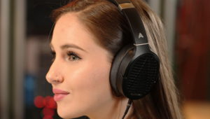 Audeze LCD-1 Compact Reference Planar Headphone Released – See Features, Specs and Price